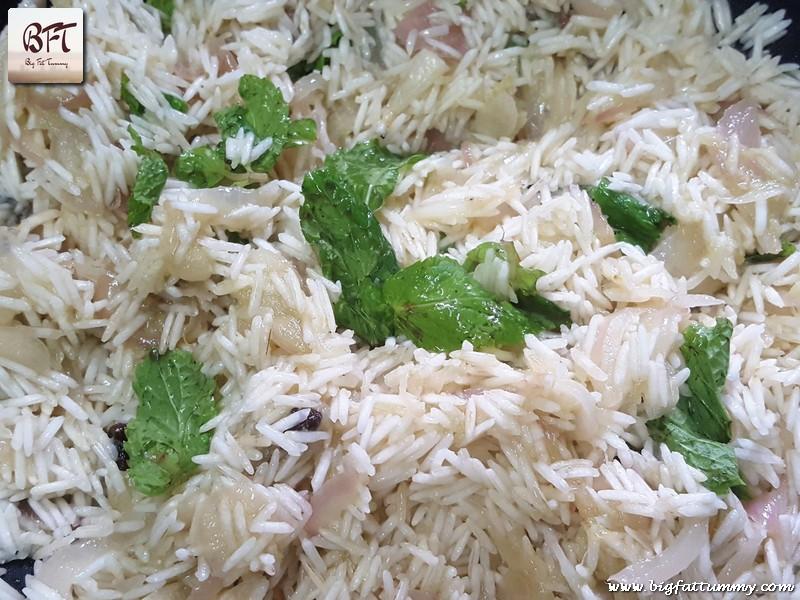 Preparation of Coconut Pulao