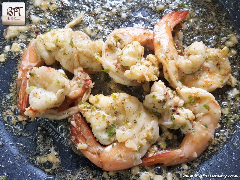 Preparation of Butter Garlic Prawns