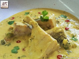 Pomfret in a Creamy Coconut Sauce