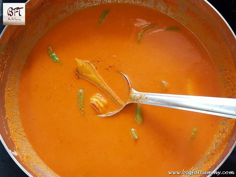 Preparation of Prawn and Raw Mango Curry