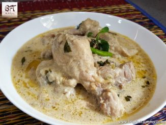 Chicken in Dahi Cashewnut Gravy