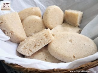 Goan Sannas (steamed rice cakes)