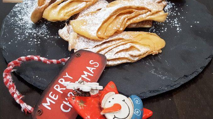 Angel Wings (sweet-savoury fried pastry)
