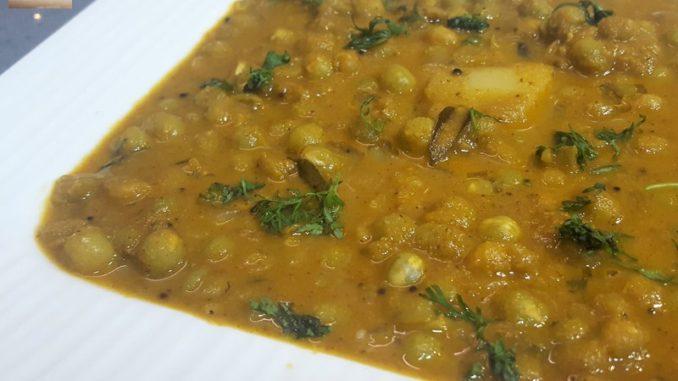 Dry Green Pea Masala