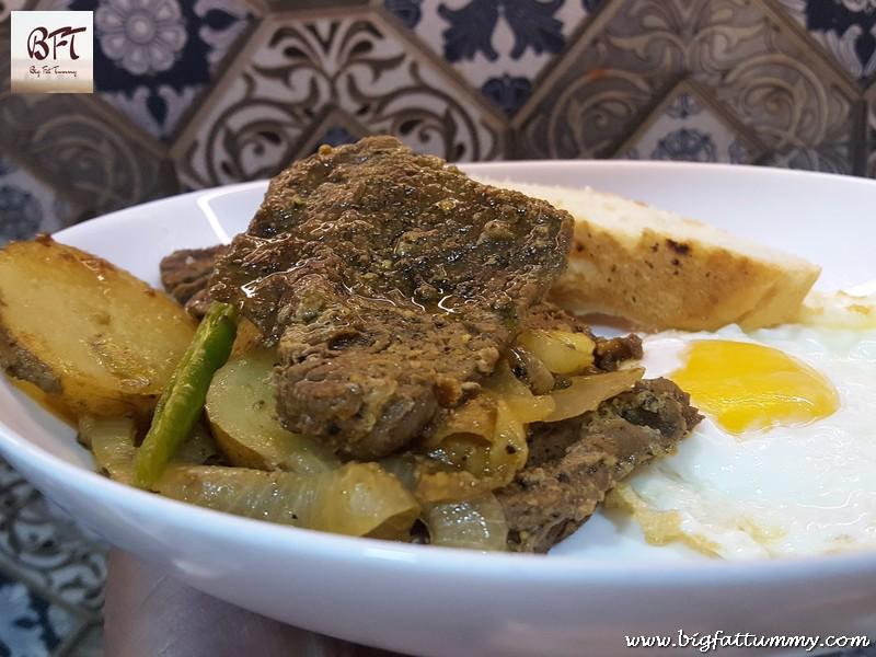 Onion Beef / Bifes de Cebolada