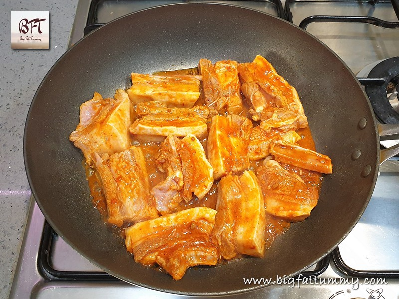 Preparation on Pan Fried Pork Spare Ribs