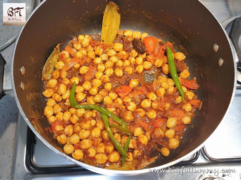Preparation of Chick Pea Pulao