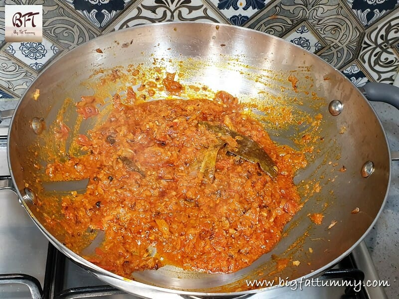 Preparation of Kabuli Chana Gravy