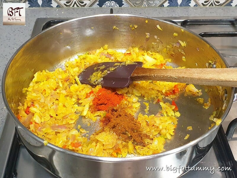 Making of Chicken Chilly Fry Sandwich